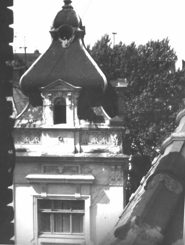 Вид з вікна будинку, вул. Котляревського у Львові (з сімейного фотоархіву)